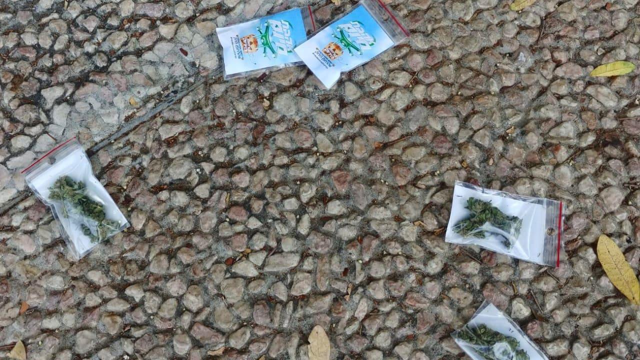 Du cannabis qui tombe du ciel a Tel Aviv